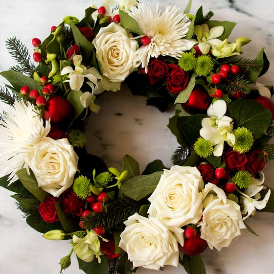 classic christmas flower arrangements
