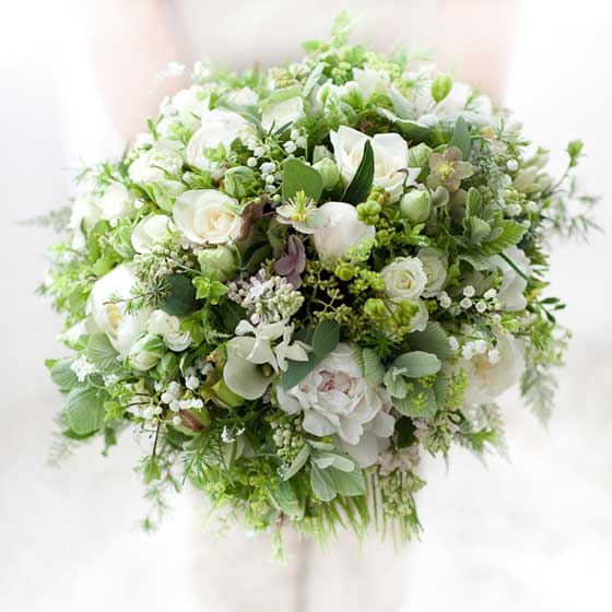 Zita Elze unique bridal bouquet