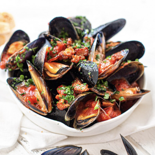 mussels with tomato and garlic