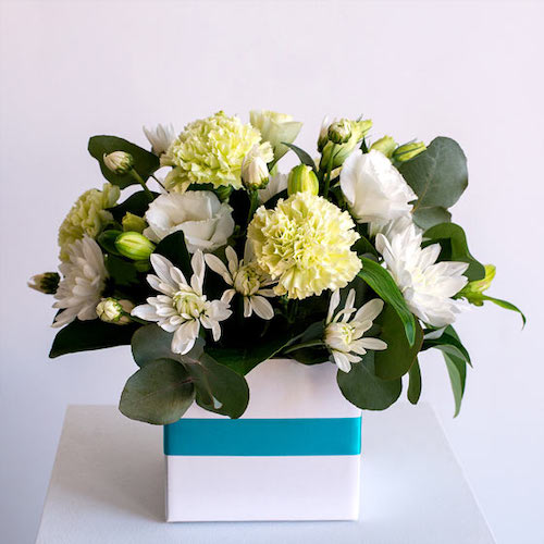 white floral arrangment